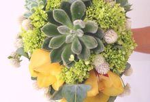 Lush Garden Bouquet by Il Fiore
