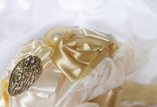 Vintage Gold Bridal Brooch Bouquet by Marini Bouquets