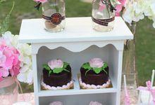 Sweet Romantic Dessert Table Cake for SOEWANDI & LAURA by RR CAKES