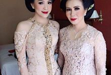 kebaya for mother & sister of the groom by Edna Wolters Design