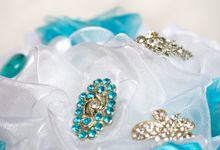Over the Sea Bridal Brooch Bouquet by Marini Bouquets