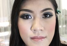 GLAMOUR SMOKY EYES by Monica Han