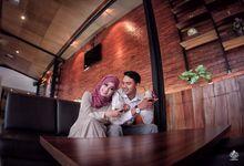 Prawedding Wahyu & Omat by Gladwind
