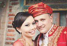 Pondok Indah Lestari Wedding || Puti & Corey by Antijitters Photo