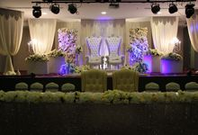 Wedding Reception by Emerald Avenue Ballroom - Modern & Ellegance