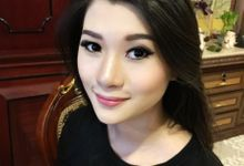 Party Makeup by Ministry of Makeup
