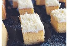 Bolu Keju - Bite Size Indonesian Cheesecake by Dapoer Roemahan