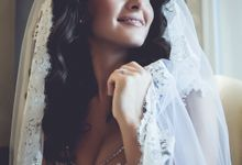 Bridal preparation by George Ladas Photography