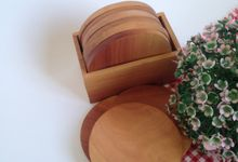 Wooden Round Coaster by La Dame in Wood