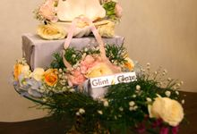 "A bespoke wedding presents or ""seserahan"" by The Glint & Glaze"