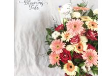Vase Arrangement and Decor by Blooming Tale