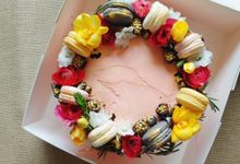 Wreath Your Cake by CUPPLETS