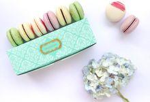 Regular Macarons Box by Belle et Petite