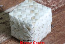 Lauhala Favor Boes by Miss Marian Native Crafts