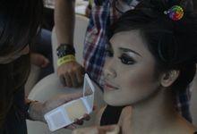 Makeup Gadis sampul 2011 by felly makeupartist