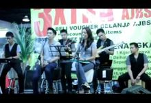 ANOTHER SPECIAL EVENT performances by 5MILE band