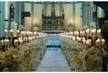 Wedding Ceremony by Zinnia Florist