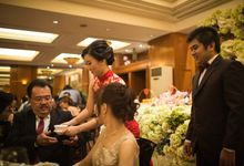 The engagement of Jessica & Hans at Lung Yuan Restaurant by Sheraton Surabaya Hotel & Towers