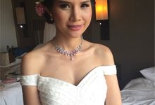 Brides Actual Day by Carmen Makeup & Hair