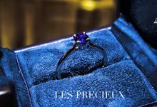 Classic Vivid Blue Sapphire Engagement Ring by LES PRECIEUX