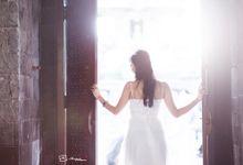 Moment of Renon Y&I by Mariyasa