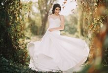 Heloisi's Collection by La Sposa
