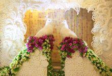 Raymon & Nyonita wedding by Bleubell Flowers Decoration