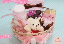 Gifts & Favors by La Belle Vie flower
