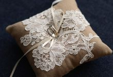 Madame Tulle ring cushion by Madame Tulle
