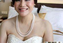 Wedding makeup by Kezia Evelina Larisa Makeup Artist