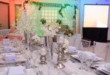 Dazzling silver and white - Reception of Lyndon and Diosa by The Pergola