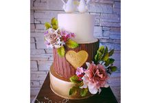 Nature Theme Wedding Cake by The White Ombré