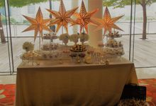 Gold and Soft White Dessert Table by Lydia Low Desserts