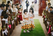 Psychedelic Sunshine for Peng Swee and Edna by MerryLove Weddings