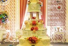 wedding cake 7 tiers by Pelangi Cake