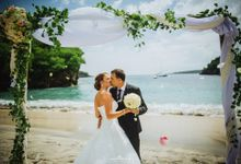 Crystal Bay Wedding by AMOR ETERNAL BALI WEDDING & EVENTS