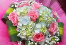 Blossoms by LemonFlorist