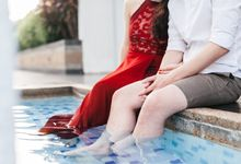 Reugene & Charley's Underwater Engagement by Chester Kher Creations