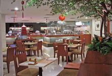 Dining Outlets by RedTop Hotel and convention centre