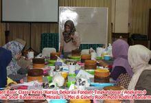 Fondant  Basic Class Angkatan ke-9 by Lily Cake Shop Banjarmasin