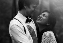 Guffi & Dinda Pre-Wedding by ISEI