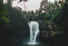 Breathtaking Waterfall Engagement Session of Rachael & Joseph in Bali by fire, wood & earth
