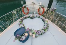 Yacht proposal of Ryan to Anna by Awesome Memories Photography