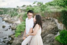 Engagement session of  Yohanes and Neysa in Bali by StayBright