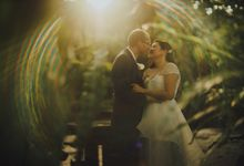 Intimate Wedding at Lewin Terrace - Wendy & Lee by Samuel Goh Photography