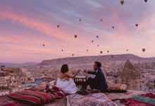 Fadli and  Sandy Pre Wedding Photo in Cappadocia by Dedot Photography