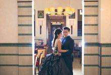 The Pre-wedding of Sandy & Iren by Elysian Photo