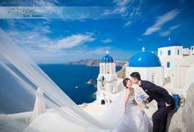 Stunning Santorini by WhiteLink