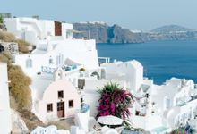 Intimate Santorini Dream Wedding by Teodora Simon Wedding Photography