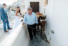 Intimate Santorini Dream Wedding by Teodora Simon Wedding Photography